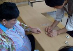 김천시장애인종합복지관 전통문화체험  '잠자리목걸이'전통공예 체험