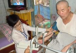 2011년 제6차 이동복지관 중증장애인 자택 직접 방문해 서비스제공